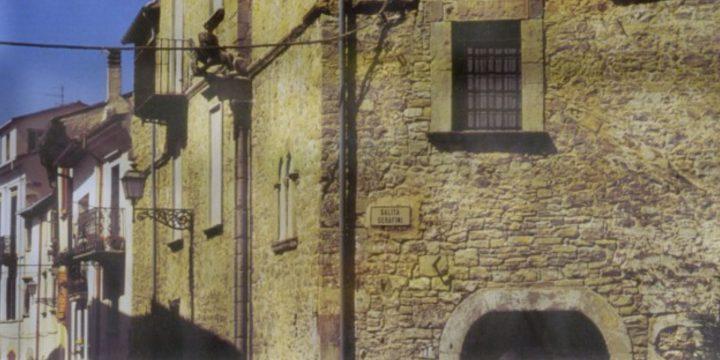 Palazzi e fantasmi in Molise