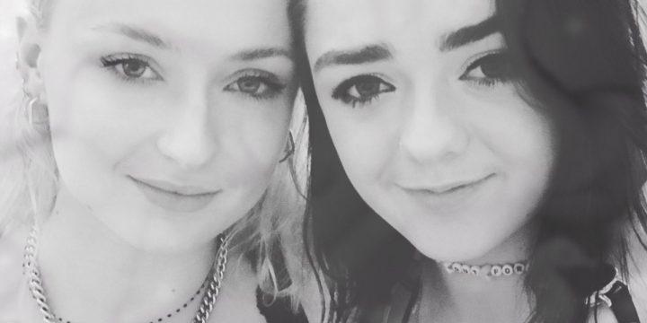 Arya e Sansa: sorelle nella serie, amiche nella vita reale