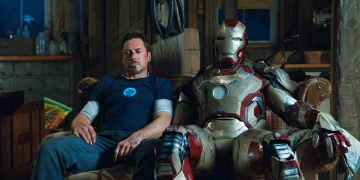 Robert Downey Jr. appende l'armatura al chiodo