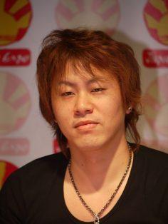 Chi è Hiro Mashima?