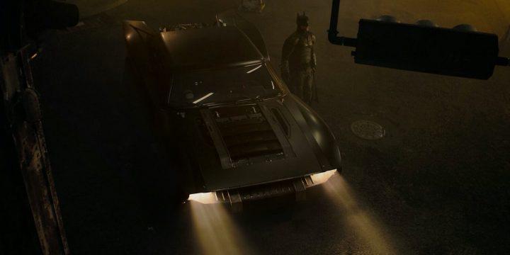 La nuova Batmobile fa capolino online