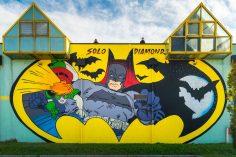 PANINI COMICS porta BATMAN a Modena con un murales realizzato dagli street artist SOLO e DIAMOND dedicato al Cavaliere Oscuro