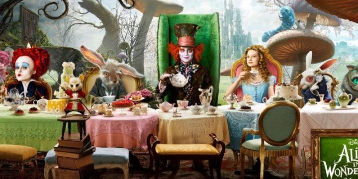 Presentazione di Alice Through the Looking Glass