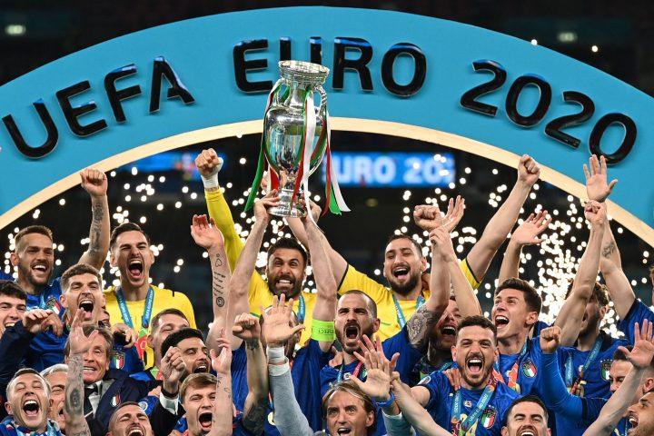 VIP che hanno tifato Italia agli europei 2020